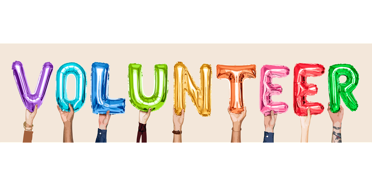Holiday Season Volunteers Needed
